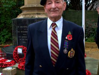 REMEMBRANCE SERVICE 08.11.15 COPYRIGHT C BERRY 89